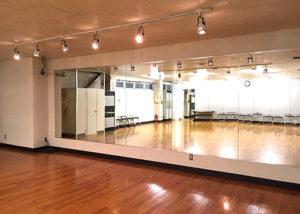 放課後等デイサービス ダンススタジオ